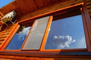 Як зробити укоси на вікнах в дерев'яному будинку?