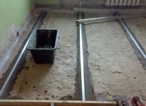 Як вирівняти підлогу в кімнаті